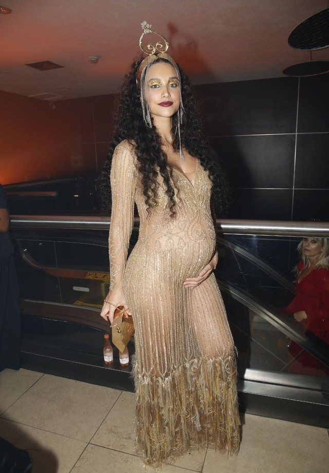 Baile da Vogue 2018 - Débora Nascimento